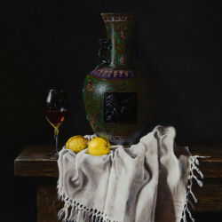 Stilleven met Cloisonné vaas